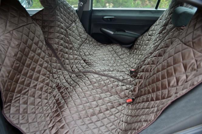Autoschondecke, Autoschutzdecke, Hundedecke, mit Reißverschluß teilbar, 200 x 140 cm, Braun